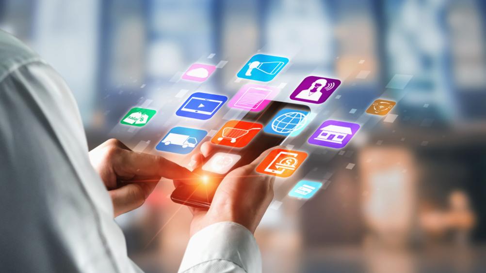 Nel 2021 46,1 mln di consumatori multicanale