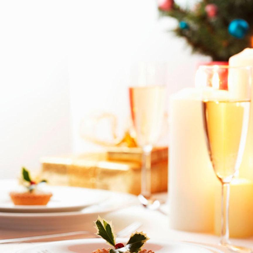 Consumi natalizi: molte previsioni sotto l'albero