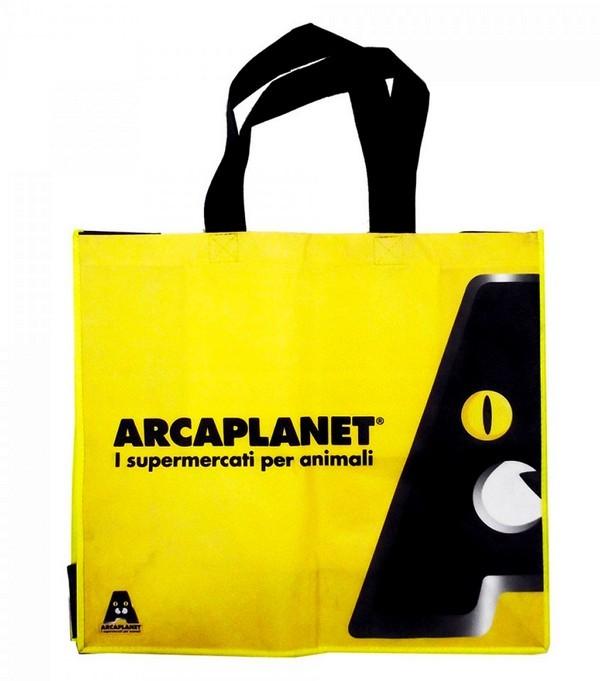 Permira si mangia Arcaplanet