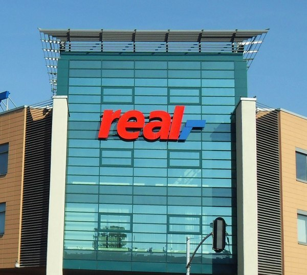 Amazon potrebbe comprare Real da Metro