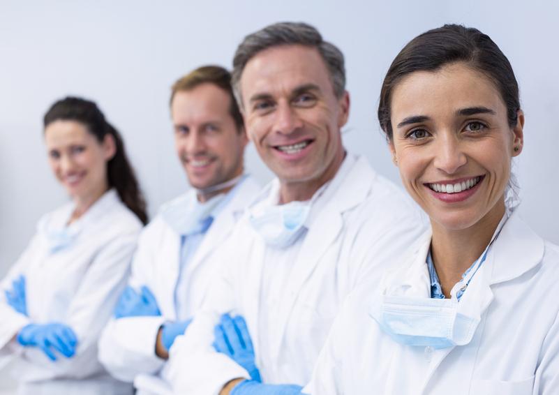 Dental Pro compra Vitaldent e balza a 260 location