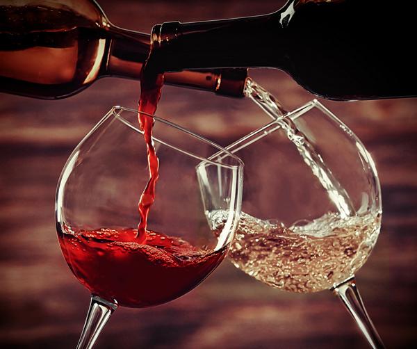 Export vino: necessari nuovi vertici Ice per la promozione all'estero