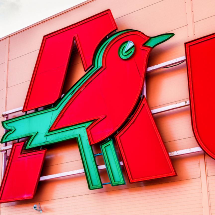Conad presenta al Mise il piano per la rete Auchan