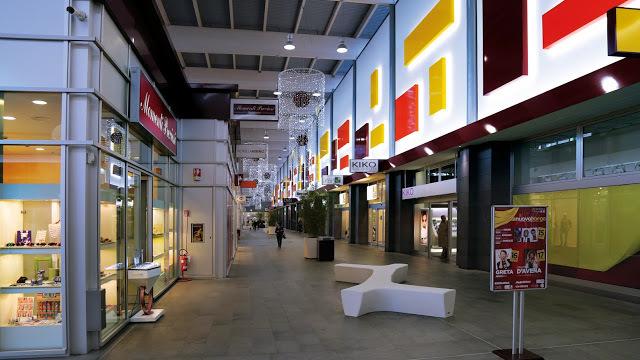 fce3fae9f1 Cushman & Wakefield ha agito come advisor in esclusiva di Warburg HIH nella  vendita del centro commerciale Nuovo Borgo di Asti ad un fondo di Barings  Real ...