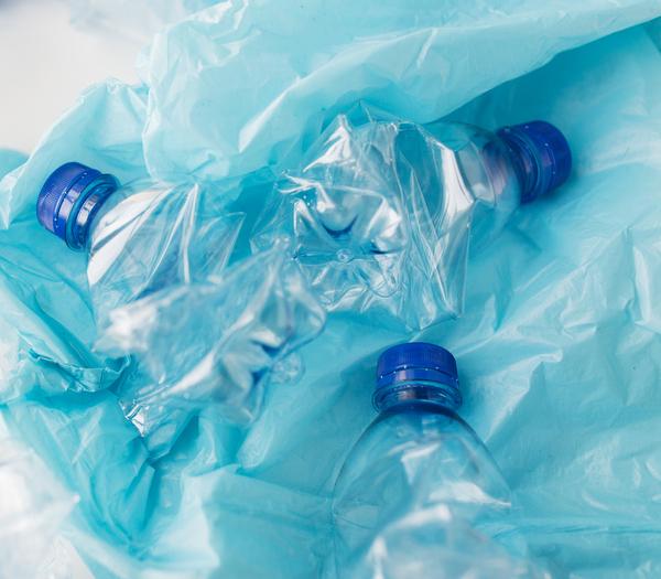 Giornata mondiale dell'Ambiente: combattere contro un oceano di plastica