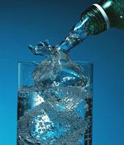 Acqua minerale a volontà