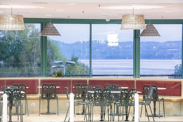 Il CC Campo dei Fiori di Gavirate rinnova la food court