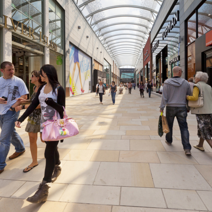 Centri commerciali, quanto vale l'impatto socioeconomico?